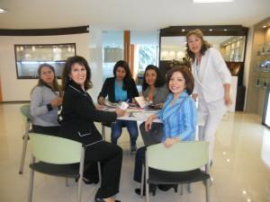 mujeres empleo yanbal